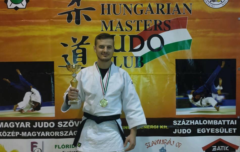 fusle aur la master ungaria